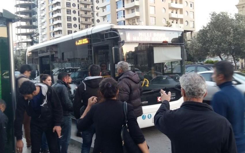 Bakıda 47 yaşlı qadını sərnişin avtobusu vurub