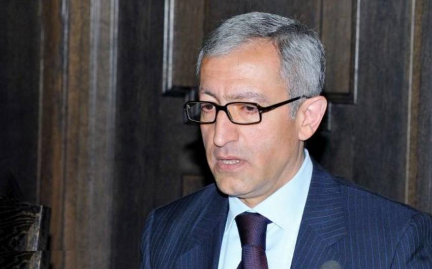 Ermənistanda nazir istefa ərizəsini geri götürüb
