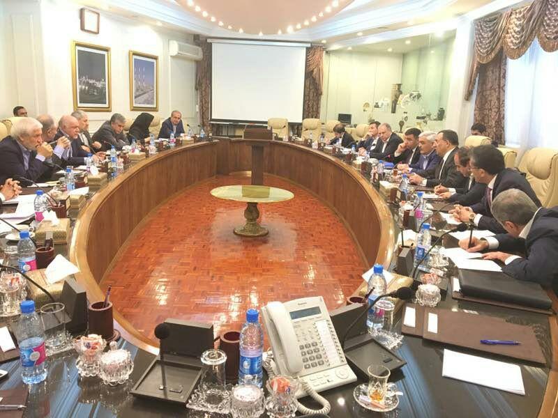 SOCAR-ın prezidenti İranın neft naziri ilə görüşüb