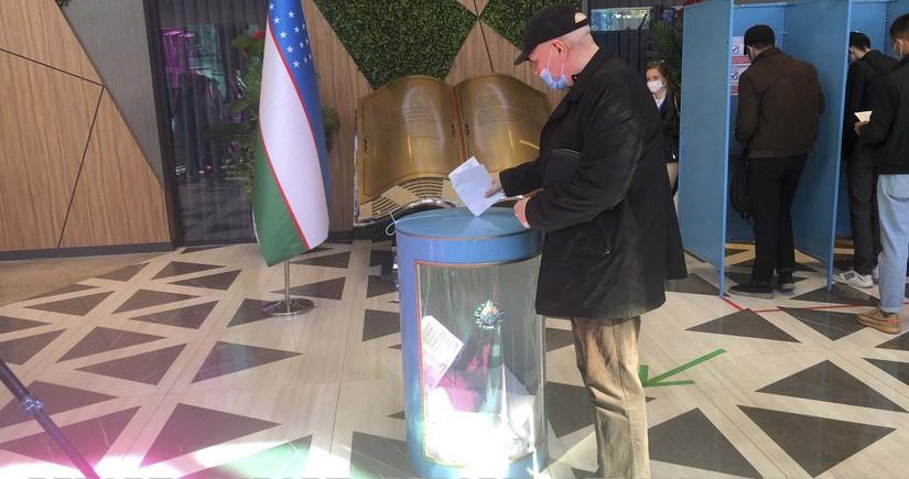 В выборах президента Узбекистана приняли участие свыше 50% избирателей