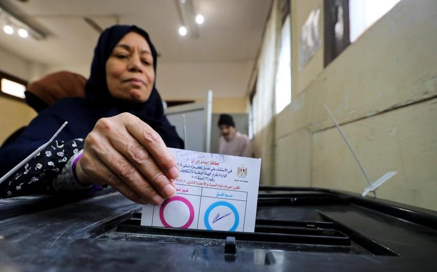 В Египте из-за высокой явки на референдуме на участки направляют дополнительный персонал