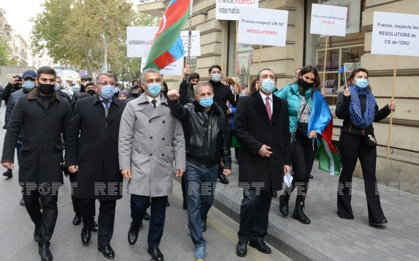 Protest action before French Embassy in Azerbaijan