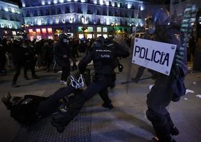 В Испании третий день подряд проходят акции протеста против ареста рэпера