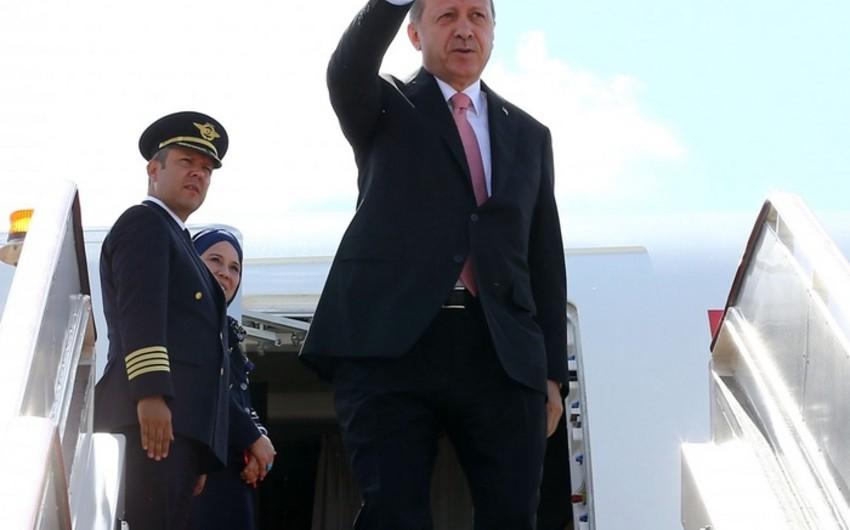 Türkiyə prezidenti Rusiyada rəsmi səfərdədir