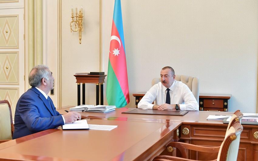 Президент Ильхам Алиев: Внутрипоселковые дороги должны быть заасфальтированы