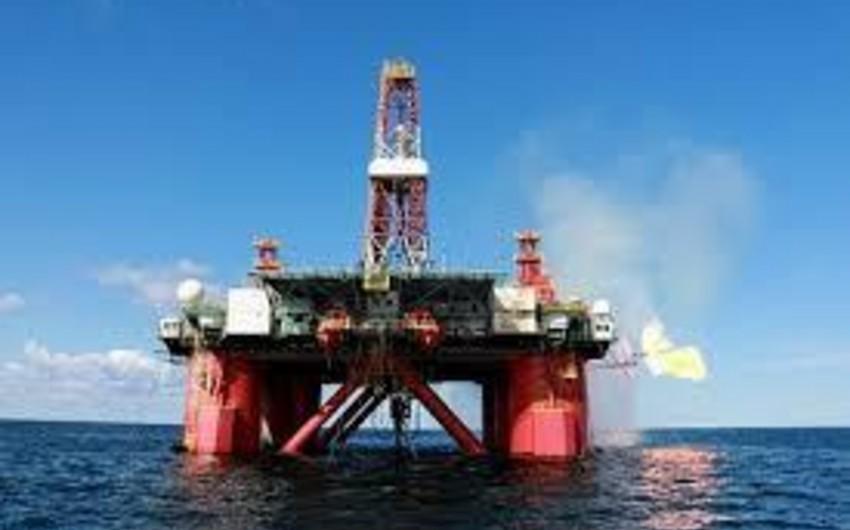 Proqnoz: Gələn il neftin qiyməti 5 dollar azalacaq