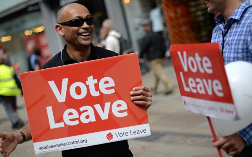 Опрос: большинство британцев высказались за сохранение членства в Евросоюзе
