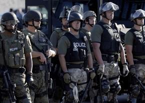 ABŞ-da etirazlar zamanı polis əməkdaşları güllə yarası alıb