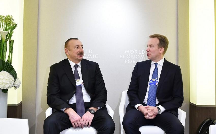 Prezident İlham Əliyev Davosda Dünya İqtisadi Forumunun prezidenti ilə görüşüb