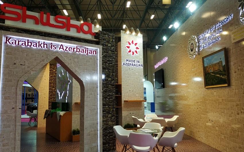 İstanbulda Qarabağ Azərbaycandır stendi açılıb