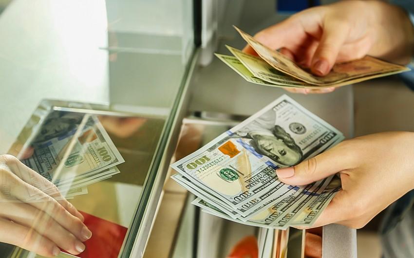 AMB sədri: Bu gün bütün banklarda əhalinin ala biləcəyi qədər nağd valyuta var