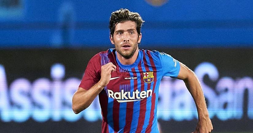 Barselona futbolçusu ilə müqaviləni uzadır