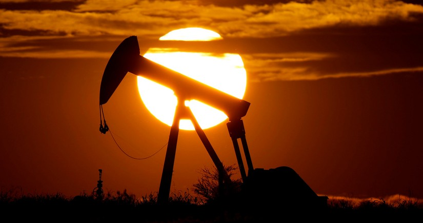 Oil prices growing amid increasing demand