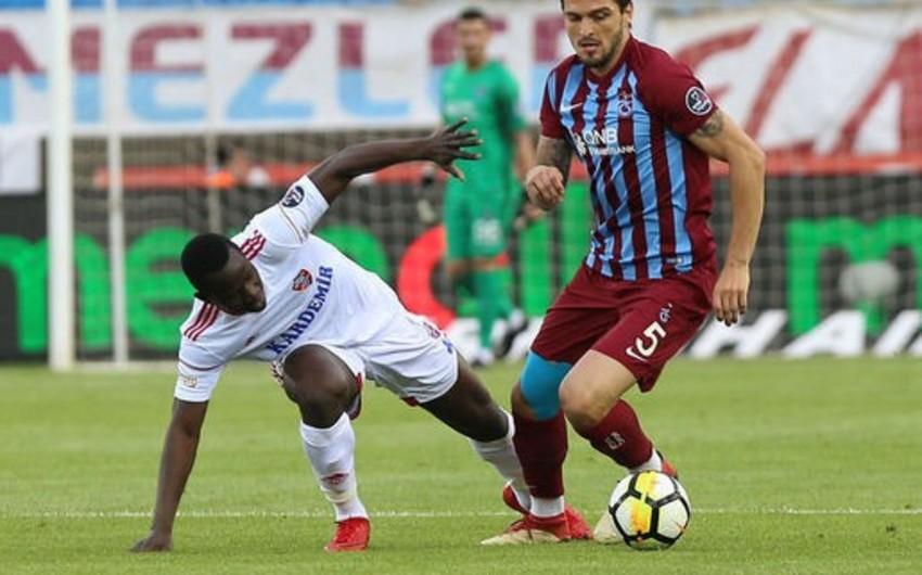 Türkiyəli futbolçu İspaniya klubuna transfer olunub