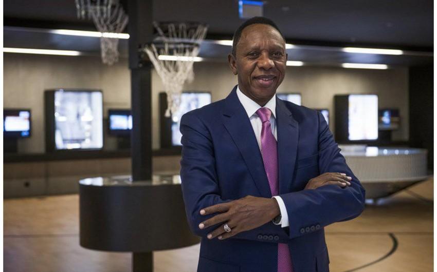 Beynəlxalq Basketbol Federasiyasının prezidenti istefa verdi