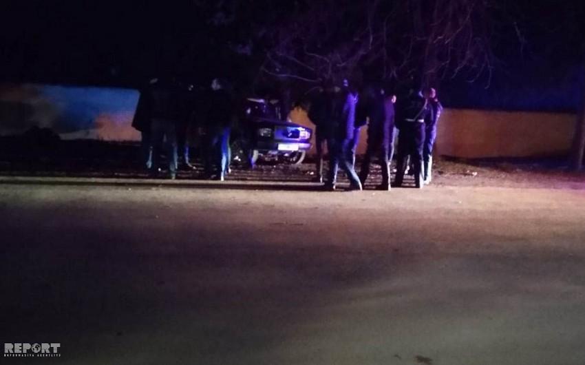 Tovuzda avtomobil ağaca çırpılıb, 2 nəfər yaralanıb - FOTO