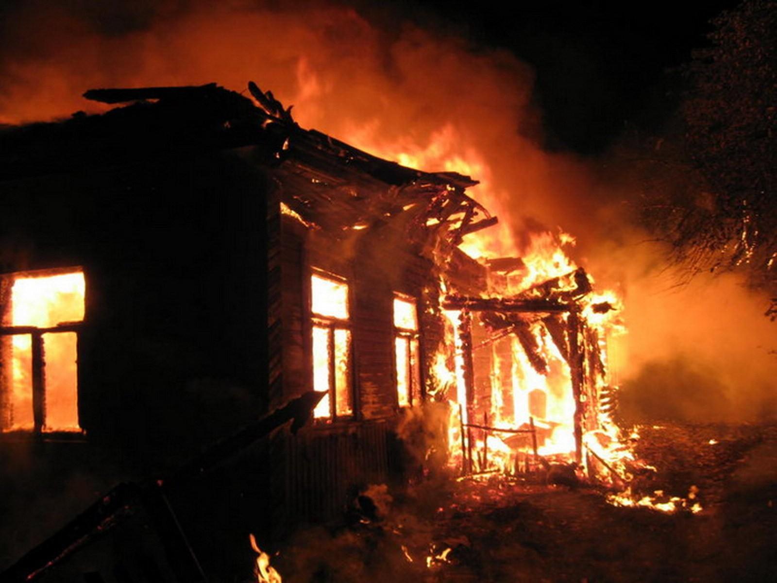 Полиция задержала поджигателей дома в Маштаге