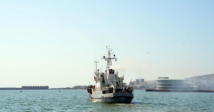 Rusiyanın hərbi gəmiləri Bakı limanını tərk edib