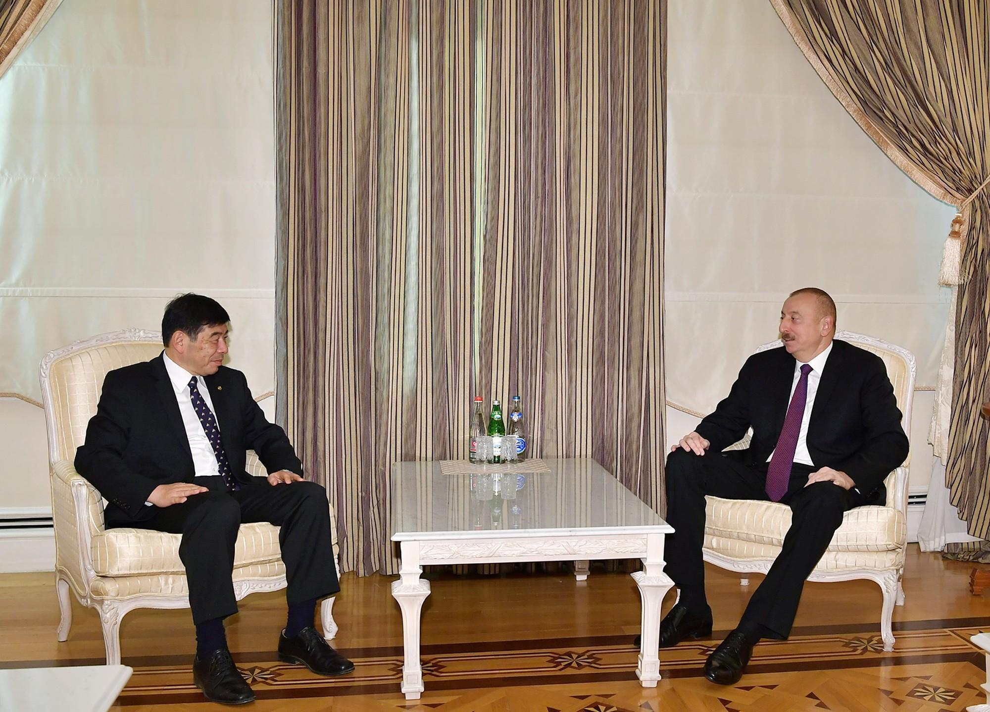Президент Ильхам Алиев принял генсека Всемирной таможенной организации