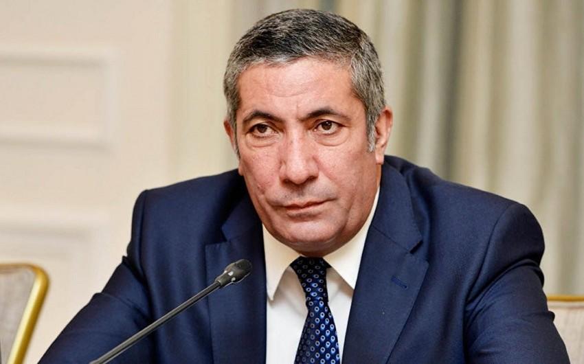 Siyavuş Novruzov iclas keçirəcək