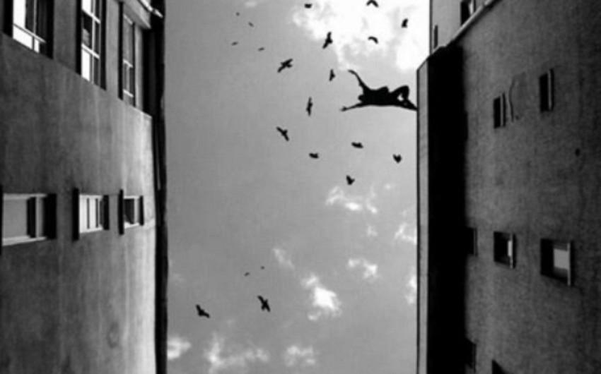 В больнице в Баку совершено самоубийство