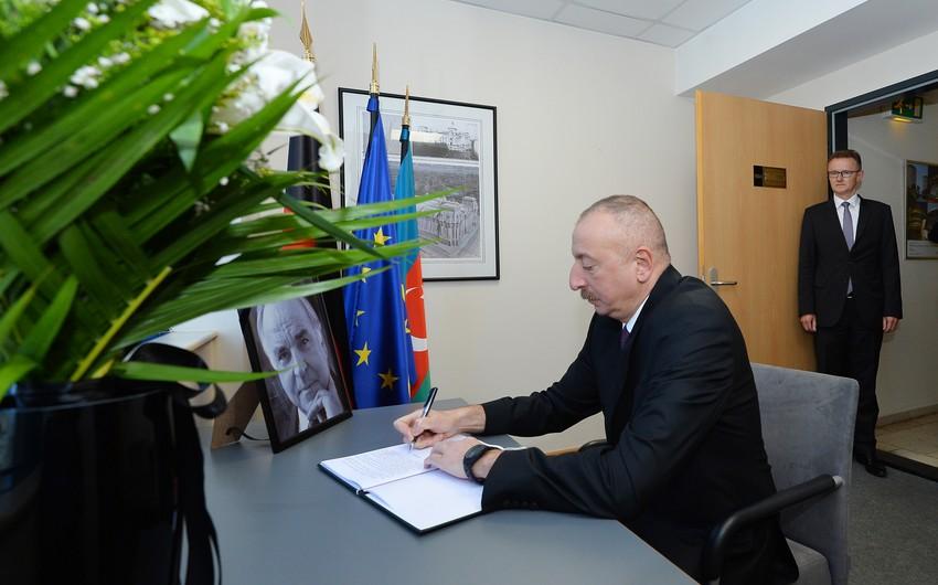 Президент Ильхам Алиев выразил соболезнование в связи с кончиной бывшего Федерального Канцлера Германии Гельмута Коля