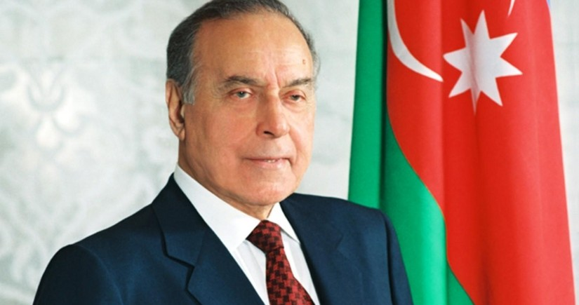 Azerbaijan celebrates 98th anniversary of birth of national leader Heydar Aliyev