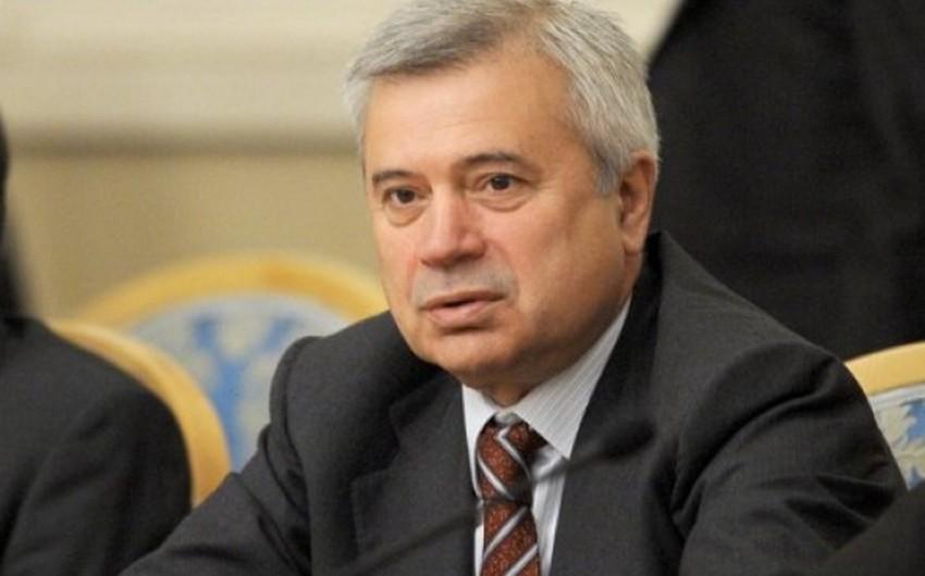 Vahid Ələkbərov: Neft bazarının ən aşağı səviyyəyə enməsi prosesi artıq başa çatıb