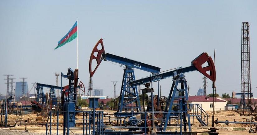 Цена азербайджанской нефти приблизилась к 70 долларам