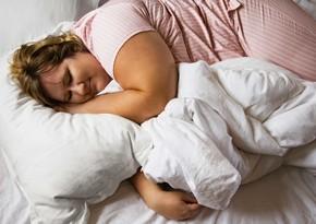 Hansı hallarda yatmazdan əvvəl yemək zərərli deyil