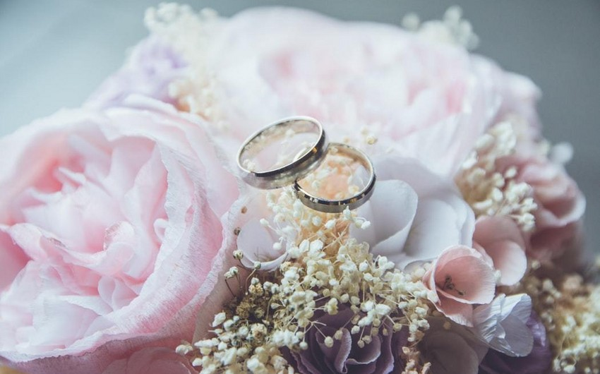 Over 2,000 Azerbaijani citizens married foreigners last year