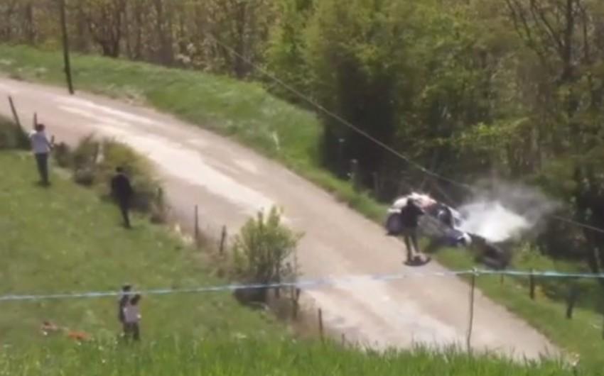 Fransada avtomobil yarışı zamanı pilot qəzaya düşərək ölüb - VİDEO