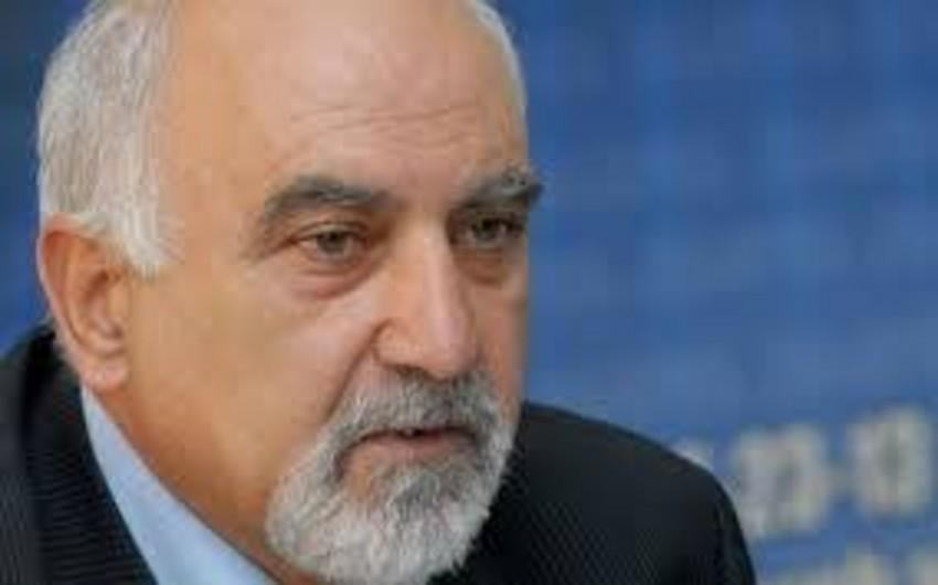 Keçmiş dissident Ermənistan hökumətini etinasızlıqda günahlandırır