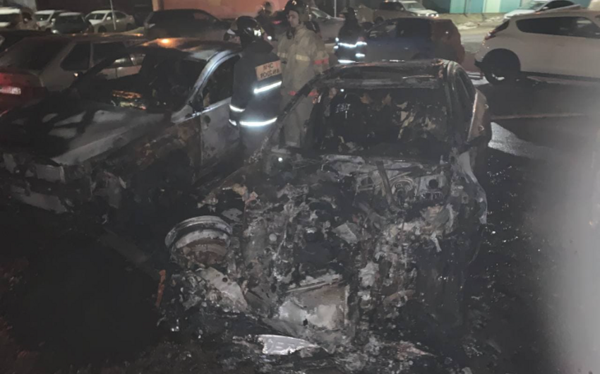 Rusiyada idman jurnalistinin avtomobili yandırıldı