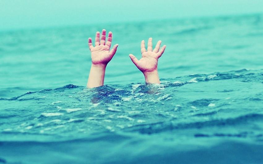 Salyanda 5 yaşlı uşaq su kanalında boğularaq ölüb