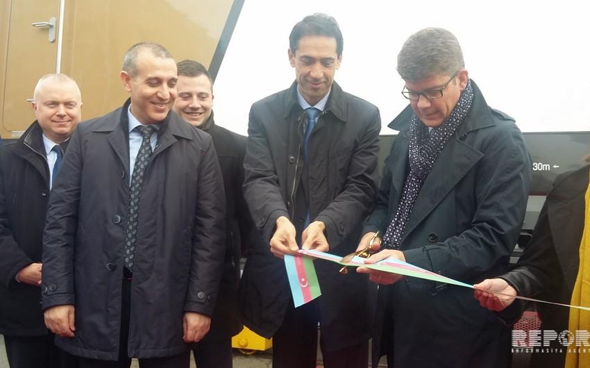 Во Франции представлены предназначенные для Азербайджана первые пассажирские локомотивы Prima M4