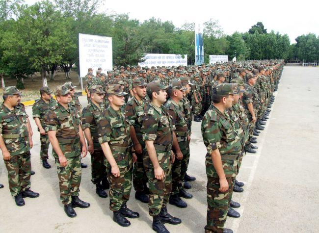 Azerbaijani Defense Ministry declares admission to extended military service