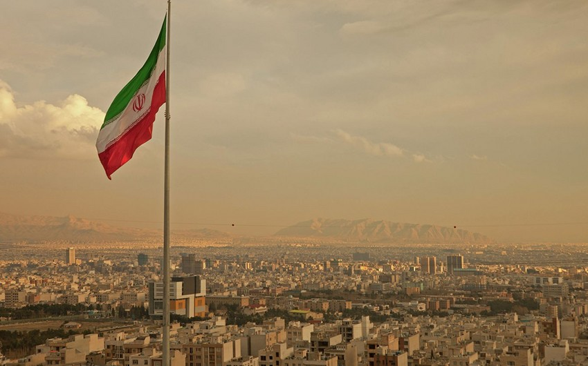 İran Fransanı yalan bəyanat verməkdə ittiham edib