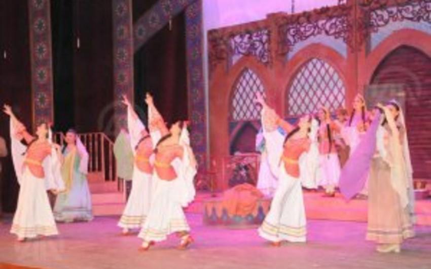 Arşın mal alan operettası Türkiyənin Mardin şəhərində səhnəyə qoyulub
