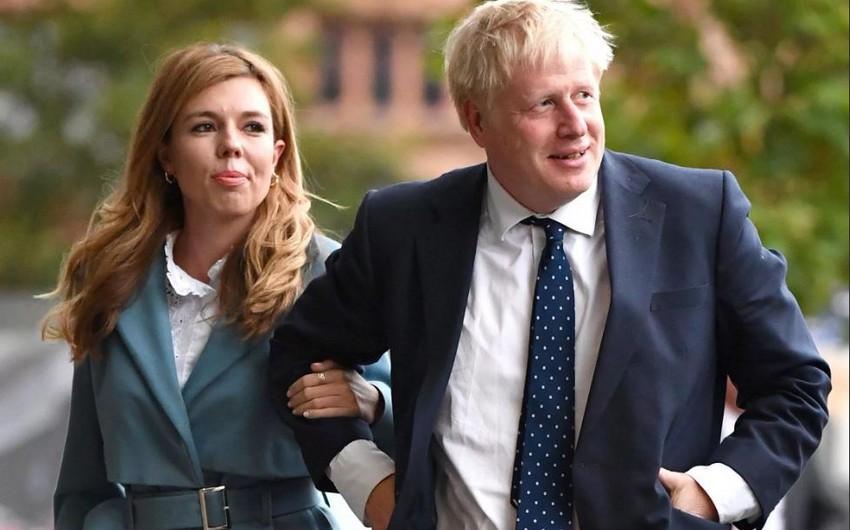 Boris Conson həyatını xilas etmiş həkimlərin adını oğluna verdi - FOTO