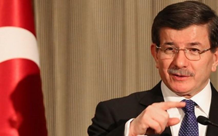 Əhməd Davutoğlu: Ankara siyasi təzyiqlərə boyun əyməyəcək