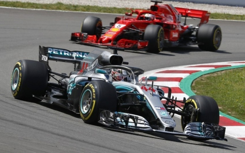 Formula 1: Hemiltonla Fettel arasında növbəti insident baş verib - VİDEO