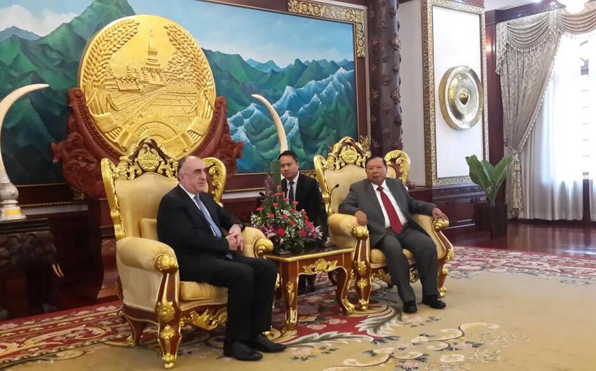 Elmar Məmmədyarov Laos prezidenti ilə görüşüb