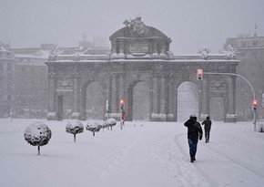 Власти Мадрида попросили объявить город зоной катастрофы из-за снега