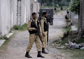 Pakistan paytaxtında naməlum silahlılar hücum edib, iki polis ölüb