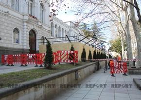 Tbilisi merinin müavini AXC-nin elan edildiyi binanın bərpasından danışıb
