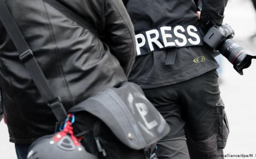 Bu il dünyada 49 jurnalist öldürülüb, 389-u həbs edilib