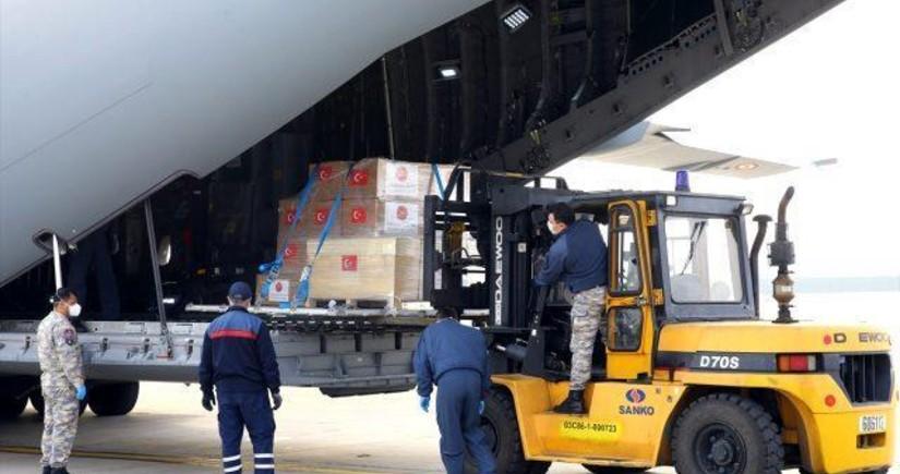 Турция направила помощь Азербайджану в борьбе с коронавирусом