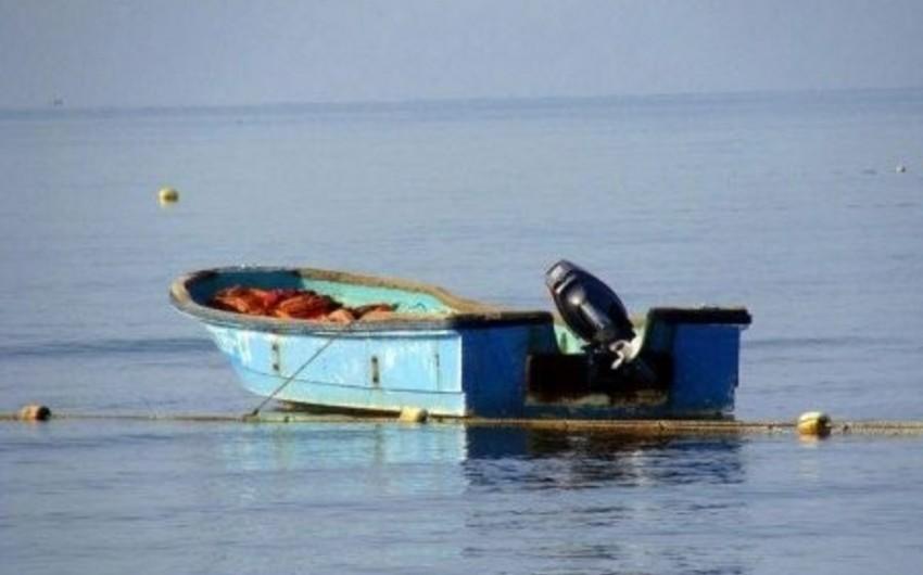 Şərqi Çin dənizində balıqçı qayığı batıb, 12 nəfər itkin düşüb