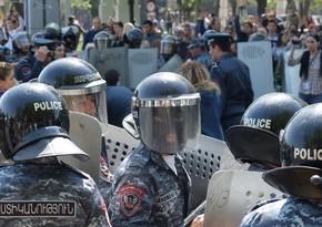 Ermənistan polisinin müavini vəzifəsindən azad edildi